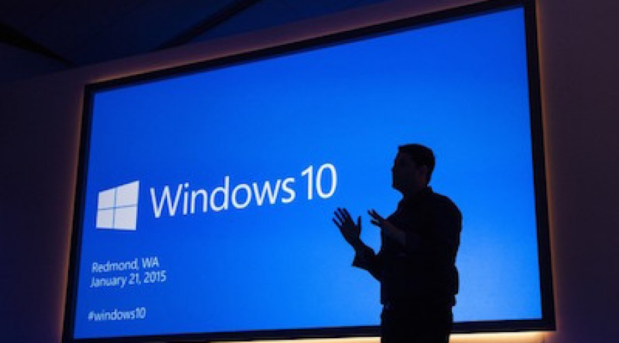 Kan de gratis Windows 10 update, HoloLens en SurfaceHub Microsoft's hegemonie herstellen?