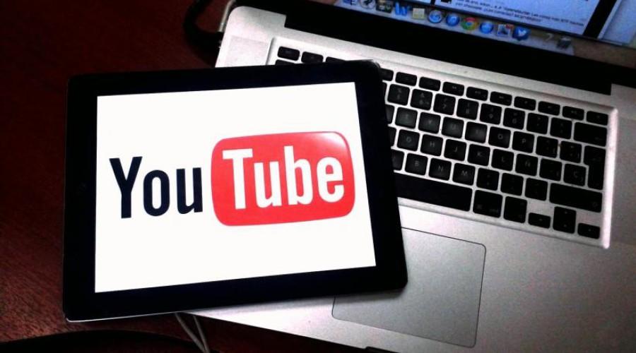 YouTube zet videoproducenten onder druk